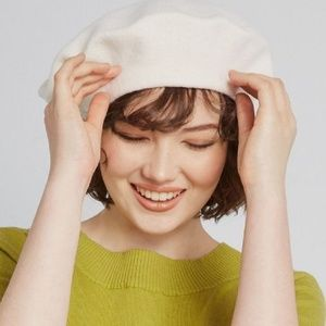 Vintage Wool Studded Ivory White Beret Hat